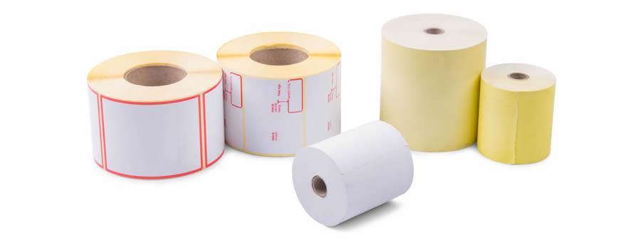 Rollos de papel y etiquetas
